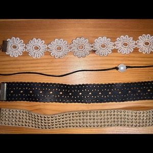 Jewelry - Set of 4 choker necklaces